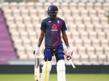 Online betting cricket tips batsman sport team betting