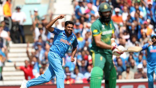 Aus vs Ind 2020: I will definitely pick Kuldeep Yadav ahead of Ravichandran Ashwin - Shane Warne