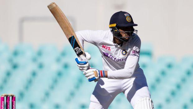 IPL 2021: Shubman Gill is struggling, Sunil Gavaskar suggests a new opening pair for KKR